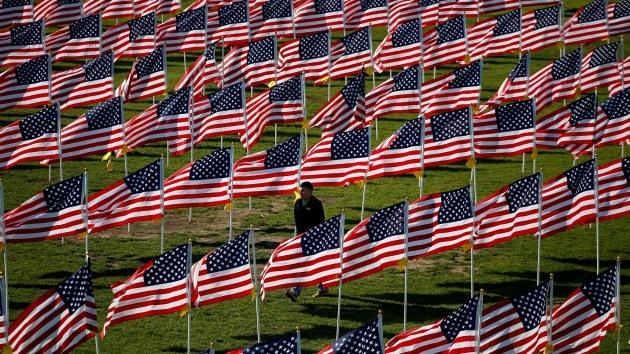 Publicista ofrece a EE.UU. solución para desmantelar el imperio americano
