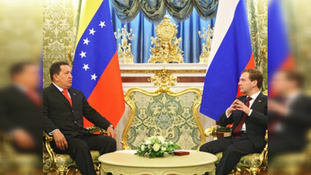 """Rusia y Venezuela, 2 """"amigos íntimos"""" que comparten estrategias y chocolate"""