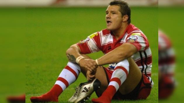 Jugador de rugby Terry Newton se suicida por suspensión