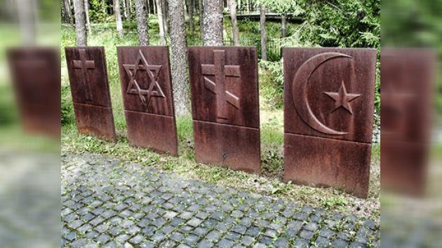 Los polacos esperan recibir archivos sobre la masacre del bosque de Katyn