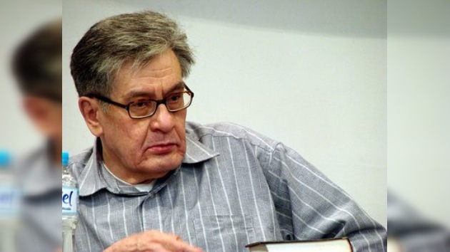 "José Pacheco recibe el ""Nobel"" de la literatura hispana"