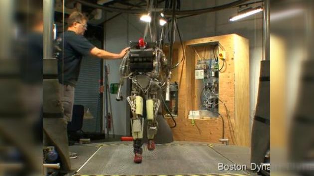 Robot Petman, ¡firmes!
