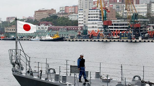 ¿Por qué Japón pretende dar marcha atrás y retomar sus relaciones militares con Rusia?