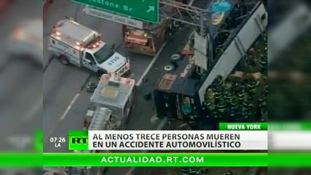 13 personas mueren en un accidente de autobús en Nueva York