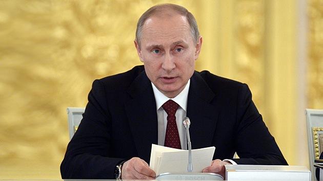 Putin: Rusia creará su propio sistema de pagos para esquivar a Visa y MasterCard