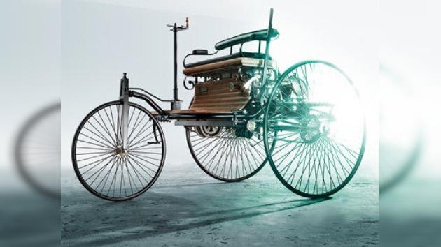 Daimler AG celebra el 125 aniversario del primer automóvil