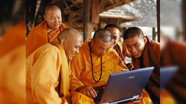 Un monje budista detenido en Camboya por difundir pornografía