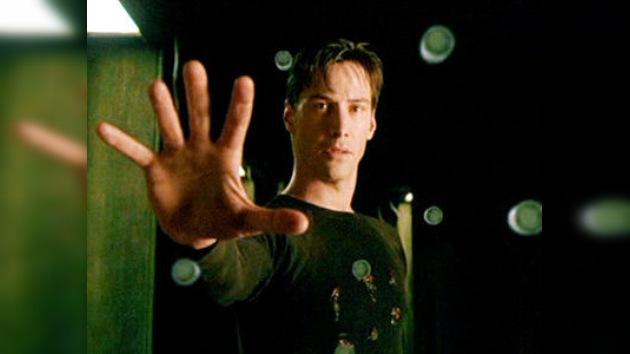 Keanu Reeves anuncia que habrá cuarta y quinta parte de 'Matrix'