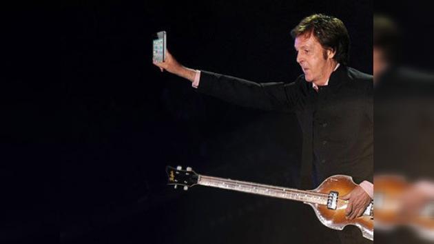 "McCartney cantó ""When I'm Sixty-Four"" para Bill Clinton que cumplió 64 años"