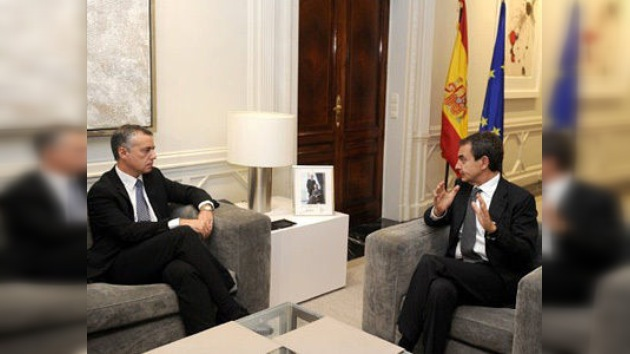 Zapatero y líderes vascos discuten cómo será la España sin ETA