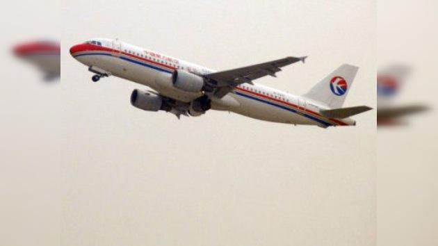 China prohíbe a sus aerolíneas pagar impuestos ecológicos europeos