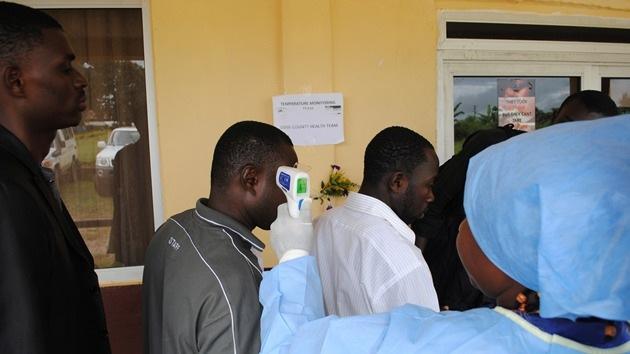 ¿Quién se beneficia del brote de ébola?