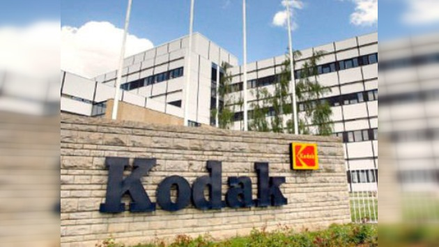 Kodak niega su bancarrota y frena su desplome en bolsa