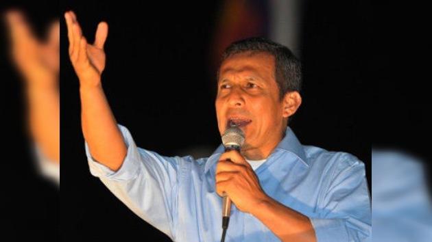 Humala lidera las encuestas en las presidenciales peruanas