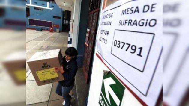 Émpate técnico en las encuestas ante las presidenciales de hoy en Perú