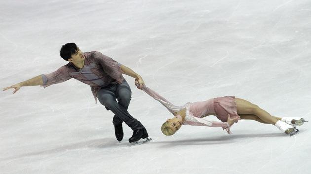 Fotos: La pareja rusa Volosozhar-Trankov, dobles campeones de Europa