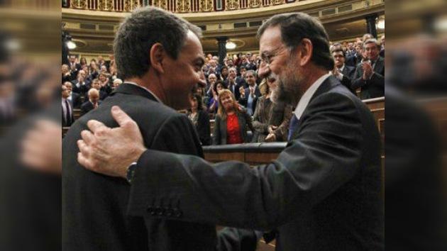 Mariano Rajoy asume el poder y anuncia severos recortes