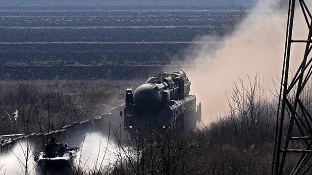 Reducir armas nucleares, ¿táctica de EE.UU. para tener triple ventaja sobre Rusia?