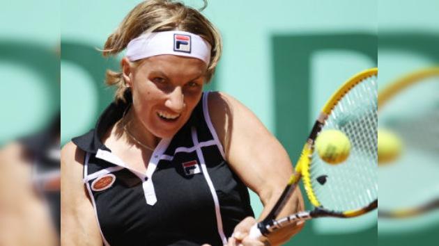 Kuznetsova, Pavliuchénkova y  Yuzhny se clasifican para la tercera ronda del Roland Garros