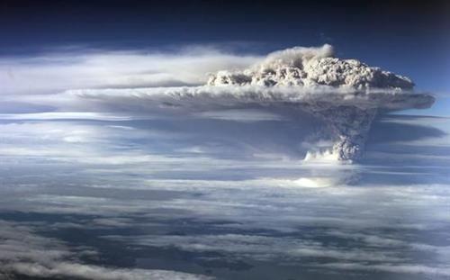 Erupción del volcán Puyehue en Chile