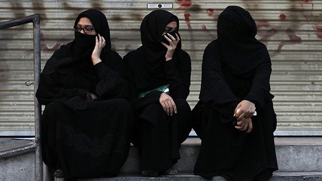 """""""Me reí cuando mi esposo murió"""": diario de la esposa británica del Estado Islámico"""