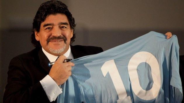 Maradona, 'fichaje' de las FARC para la paz