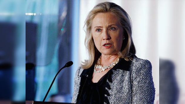 """Hillary Clinton: """"trabajamos para garantizar el aislamiento de Irán"""""""