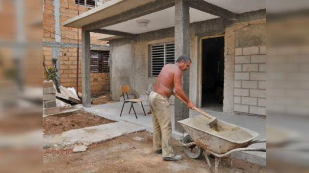 Cubanos: con licencia para construir