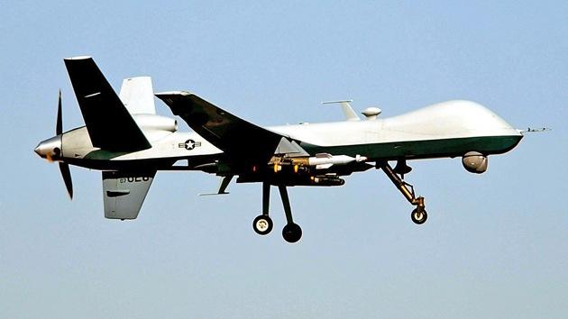 """Ex jefe de inteligencia de EE.UU: """"Podrían emplearse drones para matar a Obama"""""""