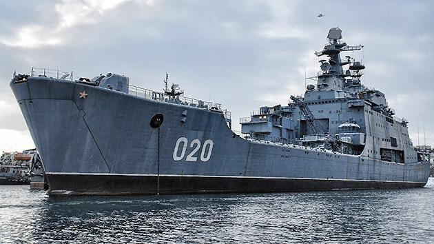 Rusia vende como chatarra su mayor buque de desembarco