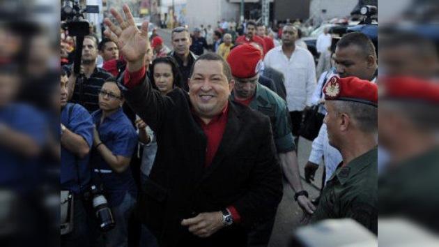 """Chávez celebra sus 13 años de compromiso social con Venezuela: """"hoy la patria galopa"""""""