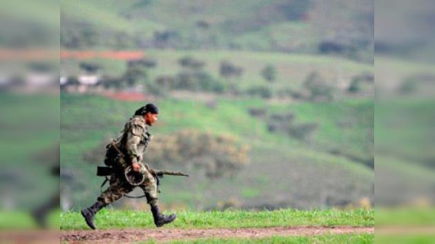 Las FARC destruyen un radar que controlaba el tráfico aéreo del sur de Colombia