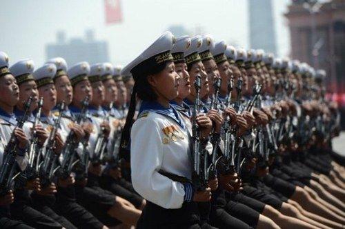 El rimbombante desfile militar en Corea del Norte