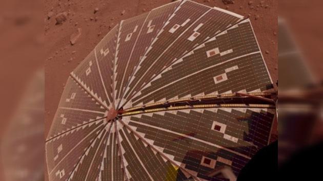 Hallan el laboratorio Phoenix enarenado y destruido en Marte