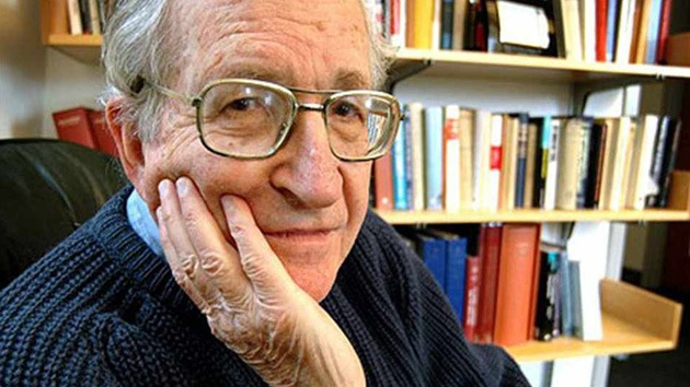 Chomsky echa por tierra la 'teoría de la conspiración' del 11-S