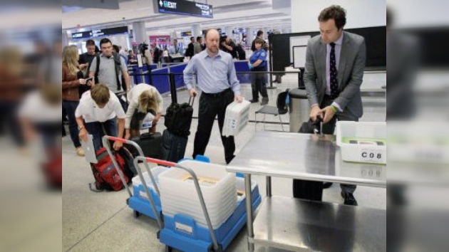 Los pasajeros 'abandonan' más de 400.000 dólares en aeropuertos de EE. UU.