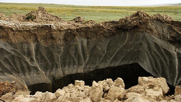 Aparece un segundo foso gigante en Siberia y los científicos avisan que no será el último