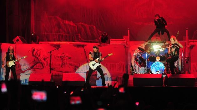 Nuevo modelo: Iron Maiden recopila datos de quienes descargan su música gratis