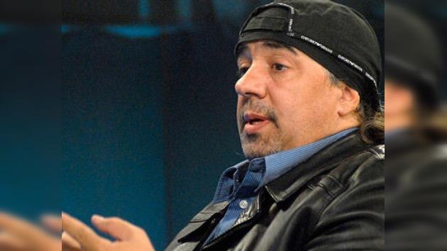 Maradona, acusado por su ex secretario de recibir sobornos