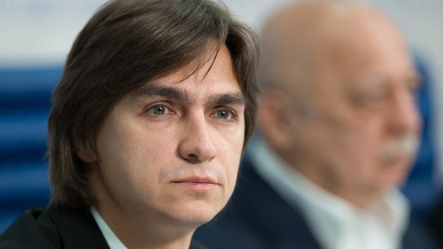 """El director del Bolshói dice que le atacaron con ácido """"por razones profesionales"""""""
