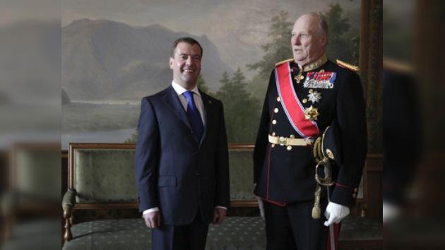 Dmitri Medvédev va a Noruega en visita oficial