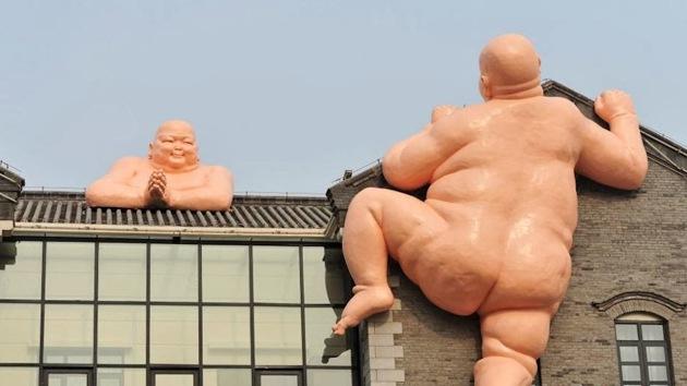 Estatuas de Budas desnudos provocan protestas en China