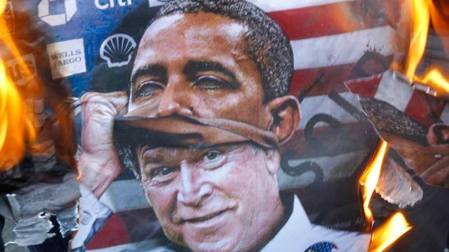 Obama, igual o peor que Bush, según una encuesta sobre política exterior en EE.UU.
