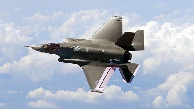 El F-35 pierde más brillo: el Pentágono revela un incidente por humo en la cabina del piloto