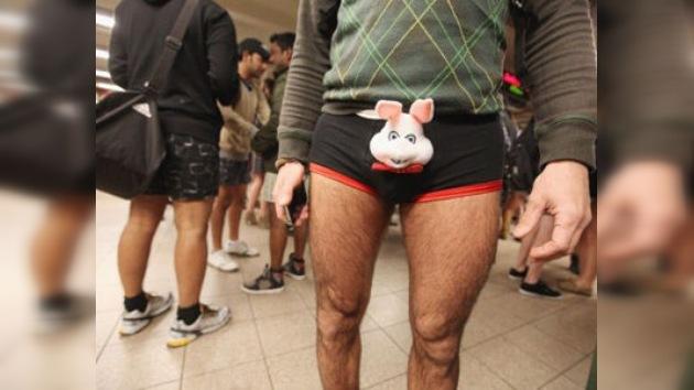 Los metros de medio mundo, invadidos por viajeros sin pantalones