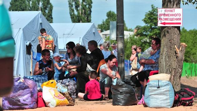 La televisión estadounidense admite que civiles ucranianos huyen a Rusia por seguridad