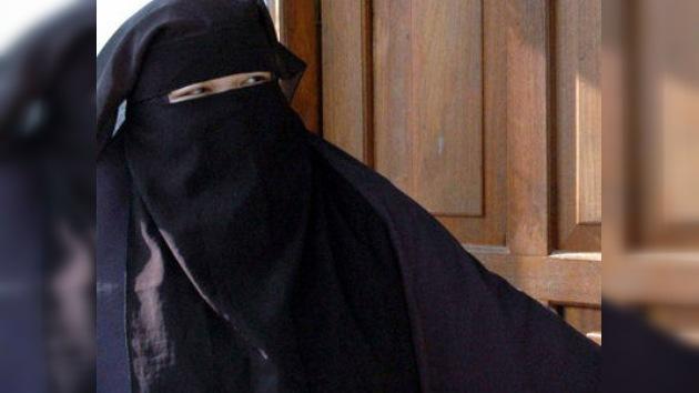 Acusan a las viudas de Osama Bin Laden de vivir ilegalmente en Pakistán