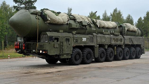 Informe: Rusia supera a EE.UU. en el número de ojivas nucleares