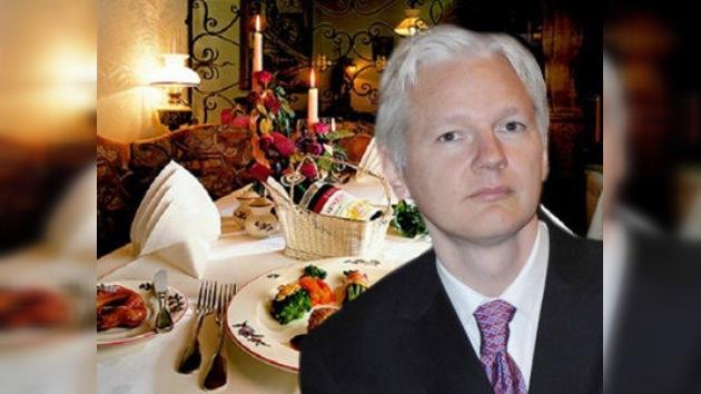 eBay subasta una comida de tres horas con el fundador de Wikileaks