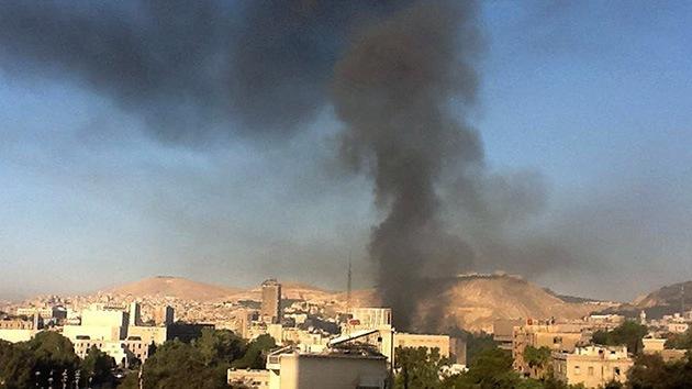 Siria: rebeldes atacan con morteros una mezquita en Damasco